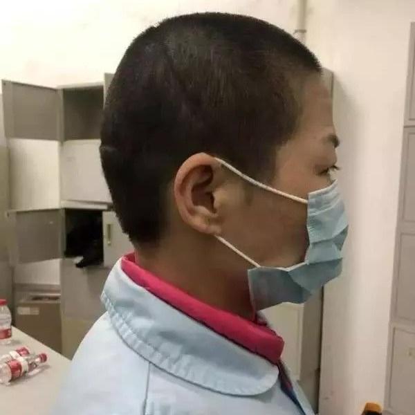 Đến Vũ Hán chăm sóc bạn gái bị ốm, chàng trai nhiễm virus corona nhưng lại nhận ra được điều ý nghĩa trong thời gian ở bệnh viện dã chiến-4