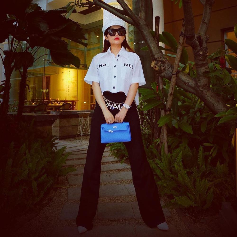 Vợ đại gia Minh Nhựa bắt trend hơi chậm, chẳng ngại so kè style từ Phượng Chanel đến Jennie-1