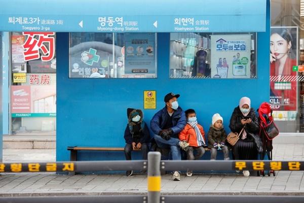 Hàn Quốc có thêm 161 ca nhiễm, trở thành ổ dịch lớn nhất bên ngoài TQ-1