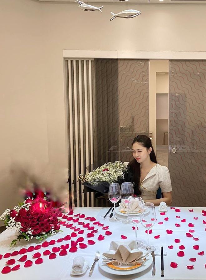 Cận cảnh biệt thự hoành tráng của Á hậu Thanh Tú và chồng đại gia-7