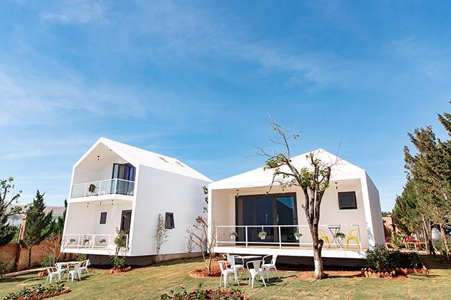 Nhà sao Việt ở Đà Lạt: Kẻ biệt thự 25 tỷ, người resort rộng 7.000m2-3