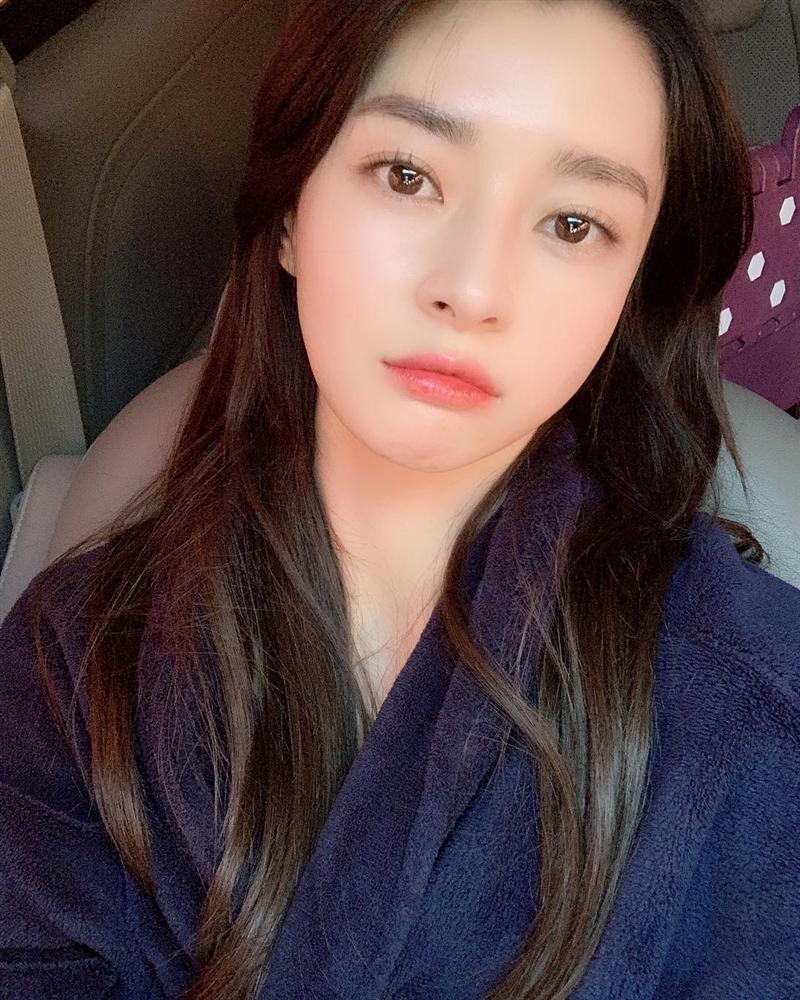 Thương lắm Soo Ah (Itaewon Class): Xinh như búp bê nhưng không được tô son cho tử tế, khiến dân tình la ó không thể tập trung xem phim nổi-13