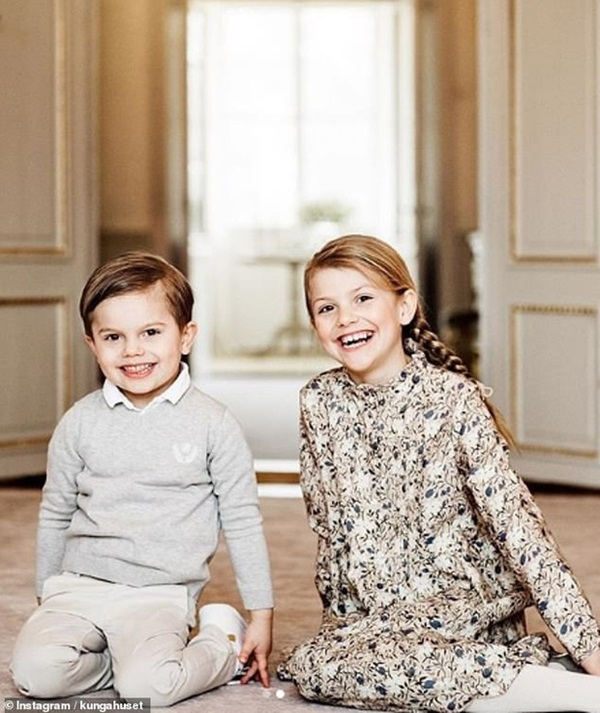 Hoàng gia Thụy Điển đăng ảnh Công chúa Estelle nhân dịp sinh nhật, dân mạng không khỏi trầm trồ vì dung mạo giống hệt người kế vị ngai vàng-2