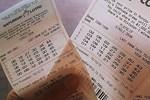 Đại lý hỗ trợ người bán vé số 50.000 đồng/ngày vì dịch Covid-19-2