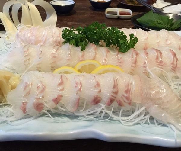Đỉa biển, bạch tuộc và các món ăn sống lạ hấp dẫn du khách khi đến Hàn Quốc-2