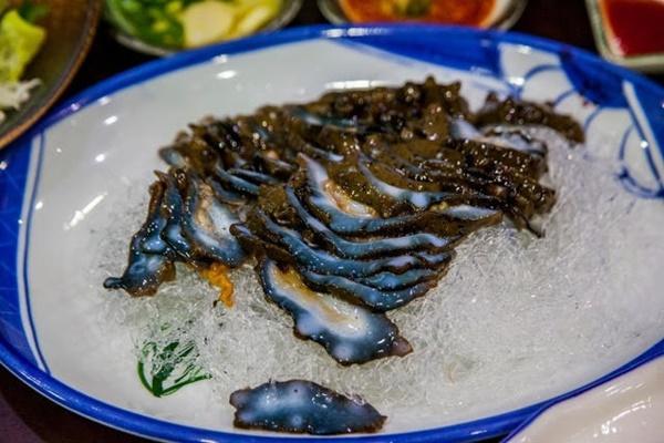 Đỉa biển, bạch tuộc và các món ăn sống lạ hấp dẫn du khách khi đến Hàn Quốc-9