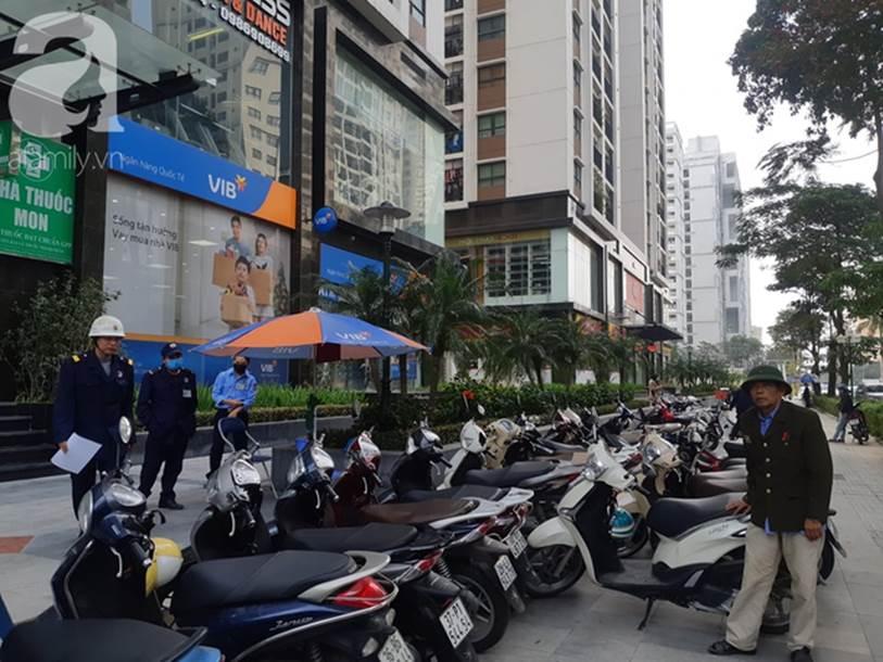 Hà Nội: Bảo vệ tòa nhà chung cư cao cấp kể lại vụ bị cướp xe SH của khách ngay trước mặt, ngậm ngùi vì số tiền đền quá lớn-2