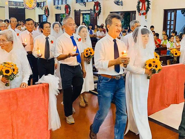 Danh ca Hương Lan bất ngờ làm cô dâu ở tuổi 63, tổ chức hôn lễ tại nhà thờ Ba Giồng, Tiền Giang-3