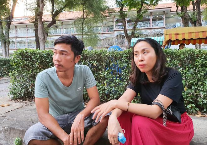 Vụ bé trai 6 tuổi bị dì ruột thiêu sống ở Vũng Tàu: Được ủng hộ hơn 200 triệu, bố bật khóc mong chữa khỏi bệnh cho con-7