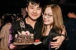 Dân mạng soi ra Harry Hưng uống bia giải sầu trong đêm Nhật Lê hẹn hò đi ăn cùng Quang Hải