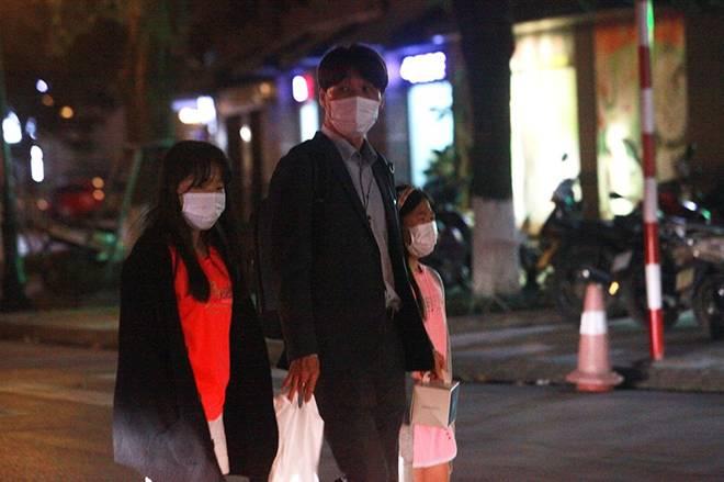 """Dịch Covid-19: Nếp sinh hoạt ngày - đêm kỳ lạ ở phố Hàn"""" giữa Hà Nội-3"""