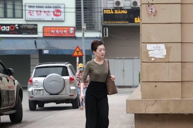 """Dịch Covid-19: Nếp sinh hoạt ngày - đêm kỳ lạ ở phố Hàn"""" giữa Hà Nội-15"""