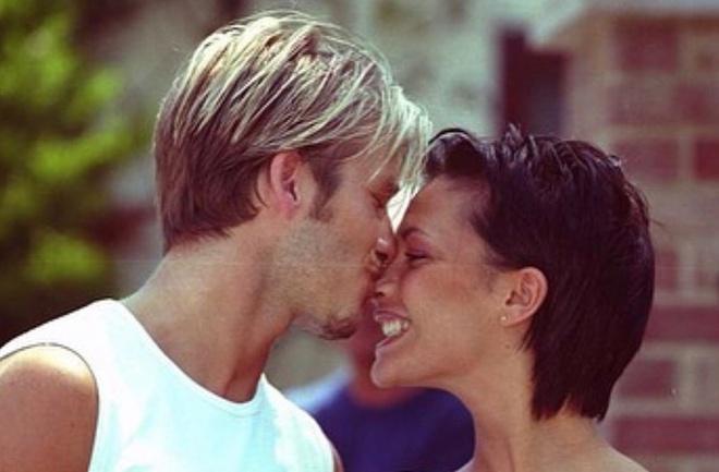 Video chưa được công bố của vợ chồng Victoria Beckham-2