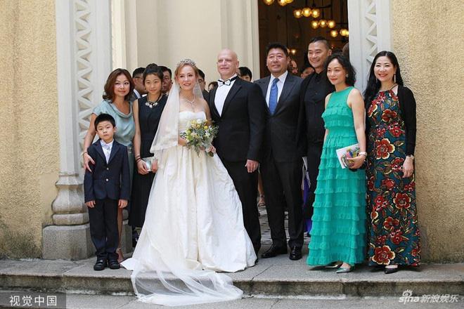 Tình duyên ly kỳ của Tiểu Long Nữ gốc Việt: Tuổi U60 vẫn được làm dâu nhà tỷ phú khét tiếng Hong Kong-10