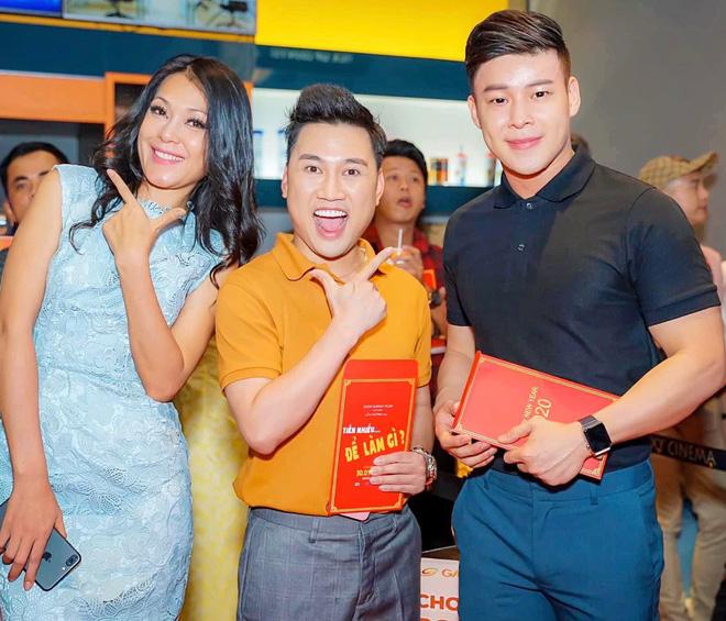 Chân dung người yêu đồng giới 8 năm của Don Nguyễn: Bảnh bất ngờ, kém hơn nửa con giáp nhưng thích lái máy bay-1