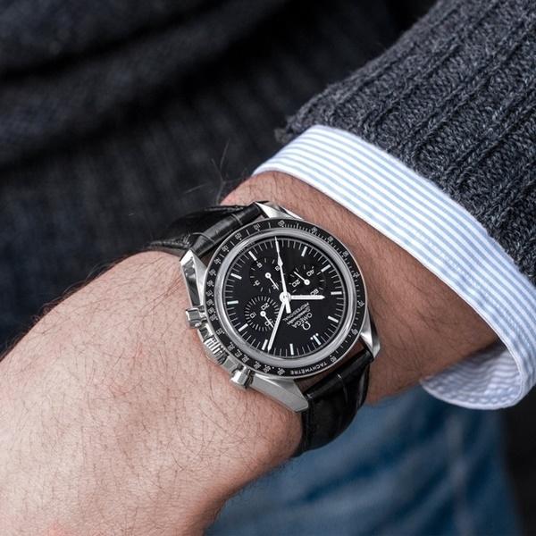 Vì sao đồng hồ của Hyun Bin Hạ cánh nơi anh có giá hàng nghìn USD?-8