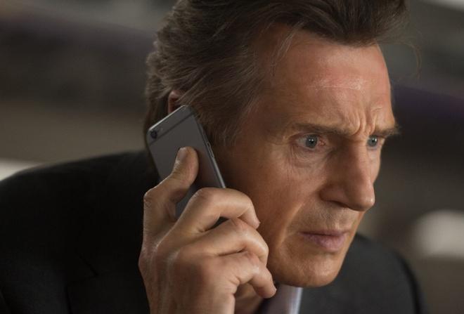 Người xấu trong phim sẽ không được dùng iPhone-1