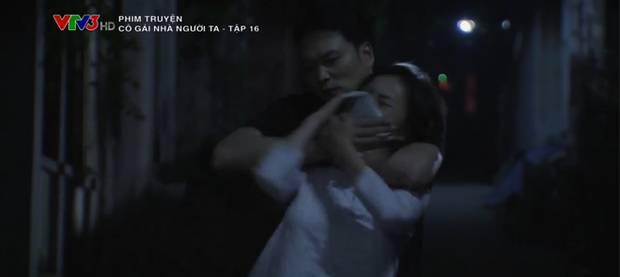 Phẫn nộ cảnh gái quê Phương Oanh bị cưỡng hiếp nhưng bố ruột lại bao che thủ phạm ở Cô Gái Nhà Người Ta tập 16-1