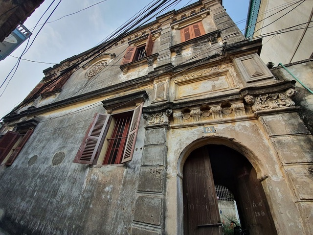 Căn biệt thự Pháp cổ 100 tuổi của đại gia làng miến nức tiếng Hà Nội xưa-3
