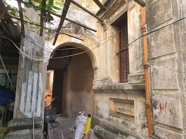 Căn biệt thự Pháp cổ 100 tuổi của đại gia làng miến nức tiếng Hà Nội xưa-4
