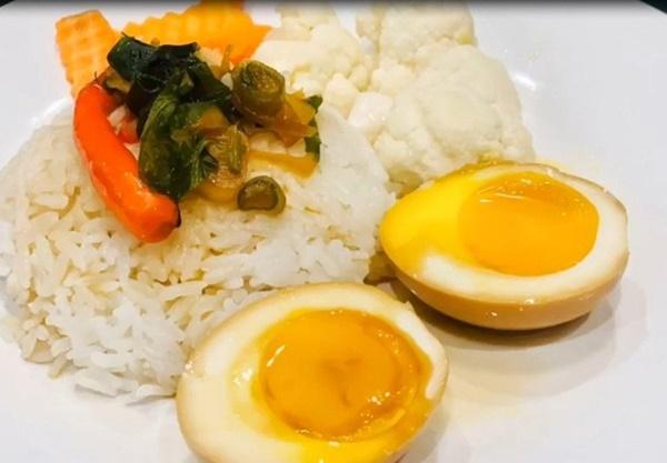 Nam MC khéo tay nhất nhì showbiz làm món trứng hấp dẫn vạn người mê-8