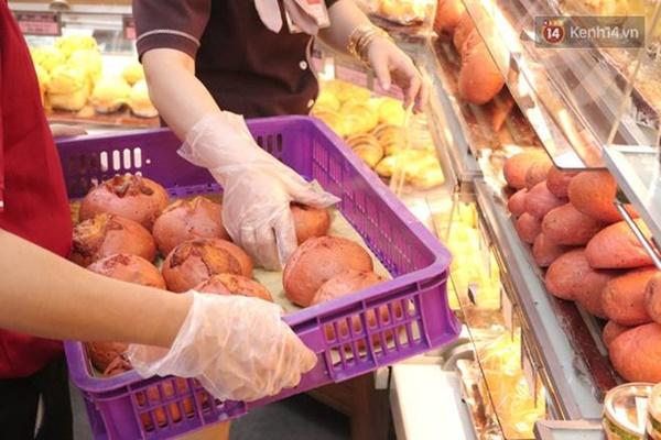 Báo Mỹ hết lời khen ngợi bánh mì thanh long của Việt Nam, phóng viên tìm đến tận nơi để trải nghiệm cảnh xếp hàng mua bánh-2