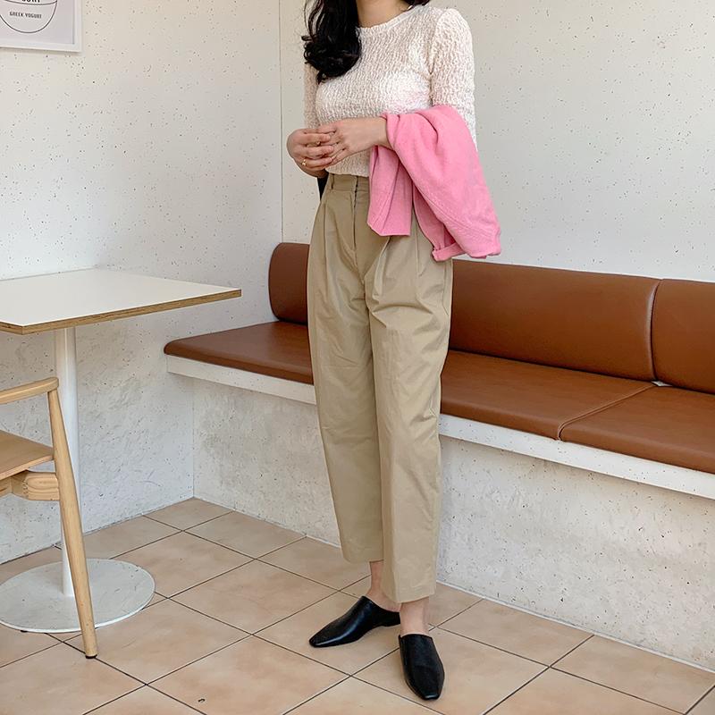 Phát chán khi diện mãi quần jeans, đây là 4 mẫu quần chị em nên tích cực mặc để chỉ sành điệu hơn chứ không kém-13