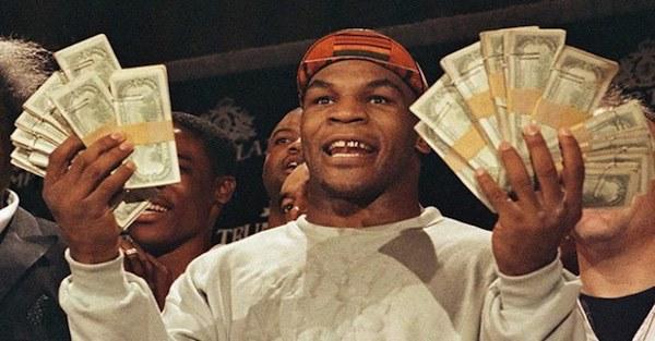 Mike Tyson: Huyền thoại sa cơ, ăn chơi trác táng và cú sốc mất con gái đau đớn-3