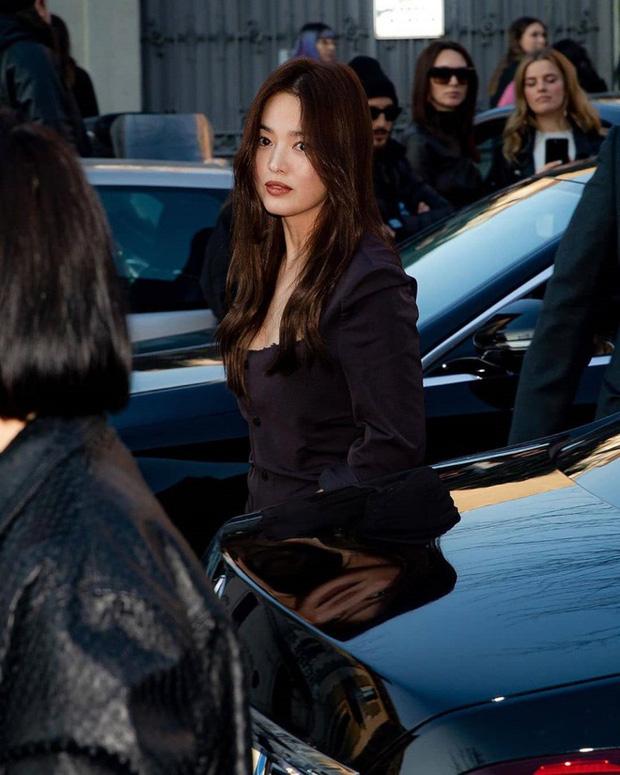 Những bóng hồng bước qua cuộc đời Hyun Bin: Nhan sắc tới tài sản chênh lệch quá lớn, diễn viên vô danh lại viên mãn nhất-10