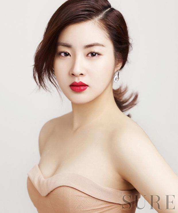 Những bóng hồng bước qua cuộc đời Hyun Bin: Nhan sắc tới tài sản chênh lệch quá lớn, diễn viên vô danh lại viên mãn nhất-35