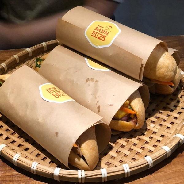 7 địa chỉ bánh mì nổi tiếng cực hút khách nhất định phải ghé khi đến Hà Nội-14