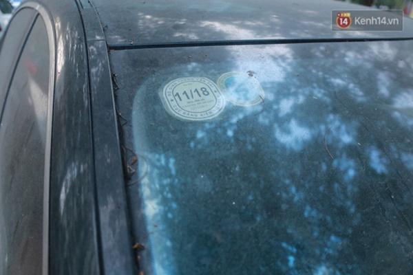 """Siêu xe Bentley 20 tỷ nằm xếp xó"""" trên vỉa hè Hà Nội, hơn 5 năm qua không ai biết chủ nhân ở đâu-10"""