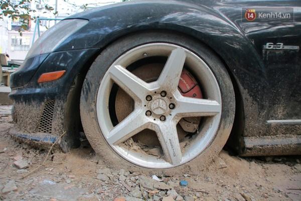 """Siêu xe Bentley 20 tỷ nằm xếp xó"""" trên vỉa hè Hà Nội, hơn 5 năm qua không ai biết chủ nhân ở đâu-11"""