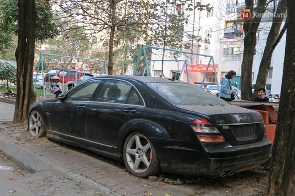 """Siêu xe Bentley 20 tỷ nằm xếp xó"""" trên vỉa hè Hà Nội, hơn 5 năm qua không ai biết chủ nhân ở đâu-13"""