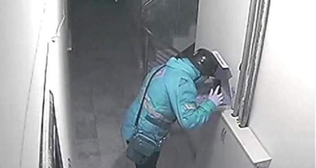 Đầu bếp khách sạn 5 sao nhổ nước bọt vào thức ăn của khách Trung Quốc-2
