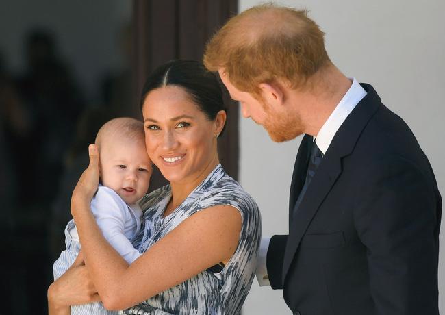 Truyền thông đưa tin Harry nói Meghan Markle bị ngược đãi trong hoàng gia và cặp đôi lần đầu thừa nhận thất bại trong toan tính của mình-2