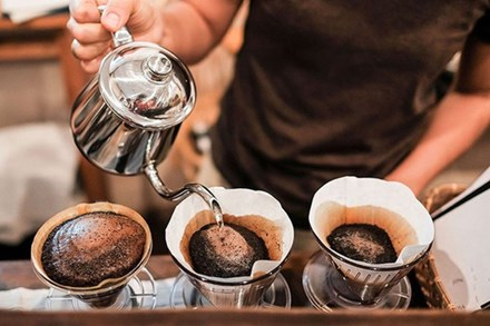 Chuyên gia tiết lộ bí quyết uống 3 ly cà phê một ngày mà không sợ ảnh hưởng sức khỏe, ai là