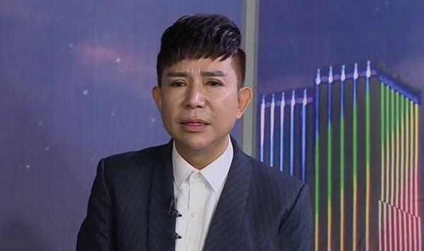 Sau vụ Long Nhật kể bị bắt ở động mại dâm nam, vợ anh uất nghẹn: Con có cha mà trở thành con hoang-2