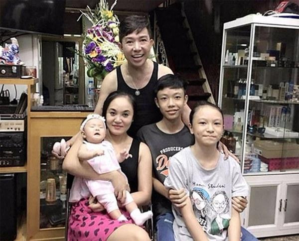 Sau vụ Long Nhật kể bị bắt ở động mại dâm nam, vợ anh uất nghẹn: Con có cha mà trở thành con hoang-5