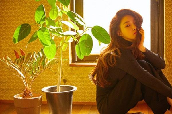 NÓNG: Nữ ca sĩ Chungha phải tự cách ly sau khi hai nhân viên của cô chính thức được xác nhận nhiễm Covid-19-2