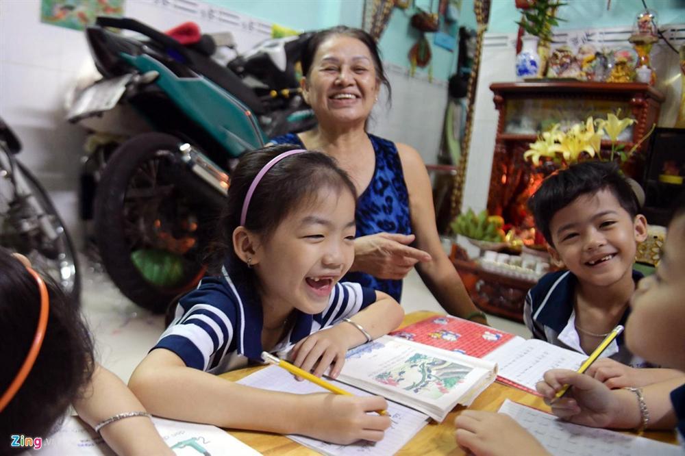 Cha mẹ thành phố nuôi con ra sao với mức giảm trừ 3,6 triệu đồng/tháng-2