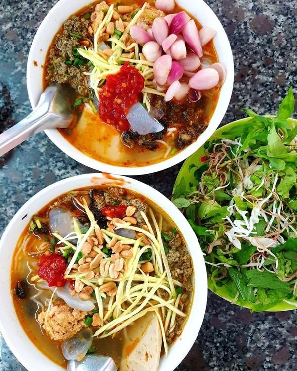 8 địa chỉ ăn uống nổi tiếng ngon giá lại bình dân  ở Quy Nhơn-6