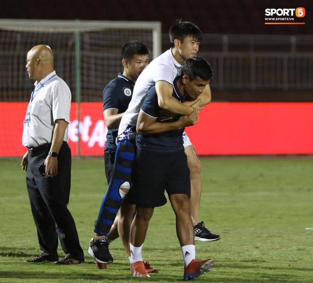 Hàng thủ đội tuyển Việt Nam chưa bao giờ toang nặng đến thế: Người chấn thương, kẻ bị đày trên ghế dự bị-1