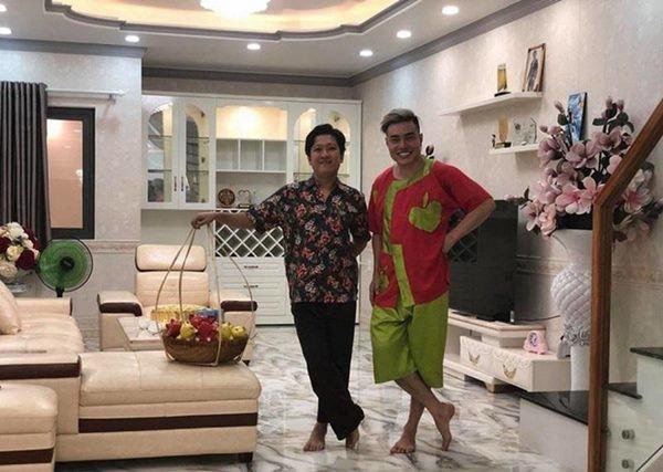 Lê Dương Bảo Lâm khoe ở nhà 7 tỷ, vợ đẹp, con xinh-4