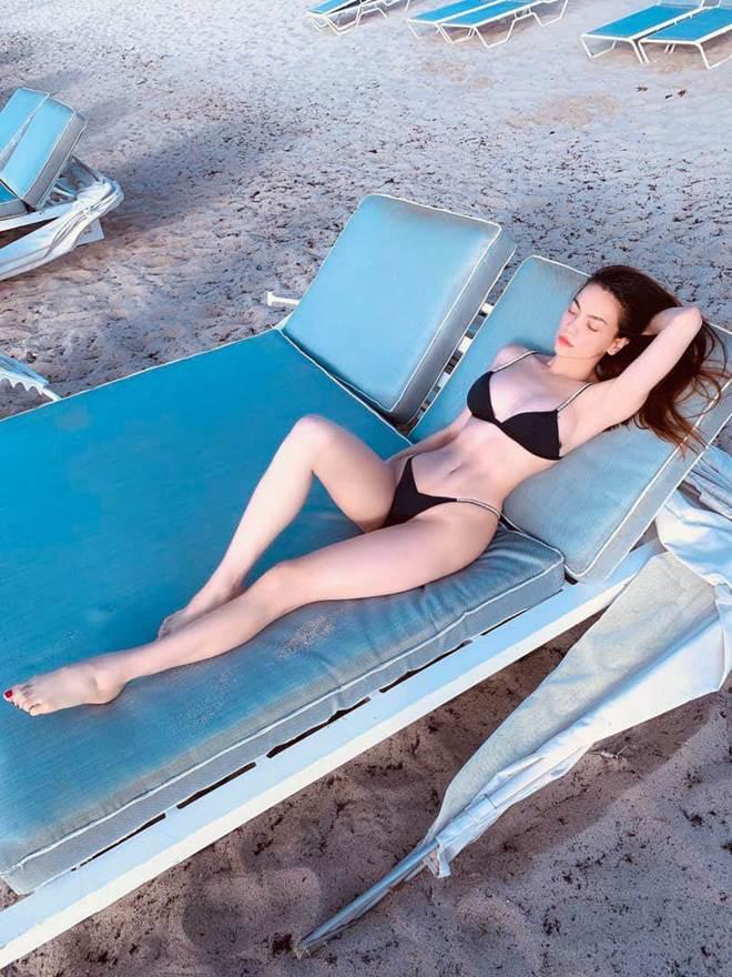 Hồ Ngọc Hà thả dáng với bikini, fans thích thú vì quá gợi cảm-9