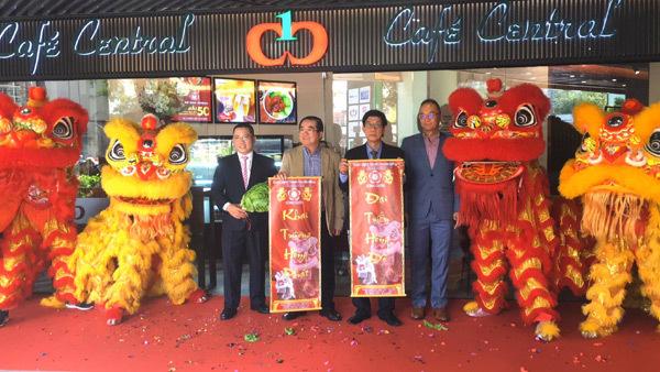 Ra mắt Café Central The Garden Mall ở quận 5-3