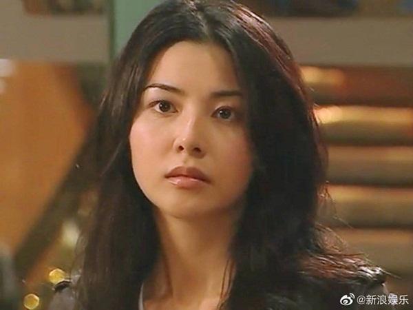 Bằng chứng thép 4 trên TVB: Hoa hậu Hồng Kông bị chê đơ, Xa Thi Mạn - Mông Gia Tuệ làm cảnh sát đẹp nức nở-4