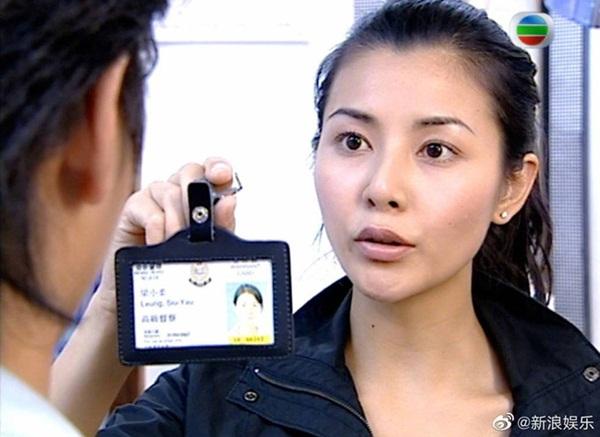 Bằng chứng thép 4 trên TVB: Hoa hậu Hồng Kông bị chê đơ, Xa Thi Mạn - Mông Gia Tuệ làm cảnh sát đẹp nức nở-6