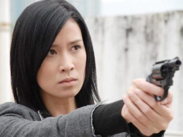 Bằng chứng thép 4 trên TVB: Hoa hậu Hồng Kông bị chê đơ, Xa Thi Mạn - Mông Gia Tuệ làm cảnh sát đẹp nức nở-7
