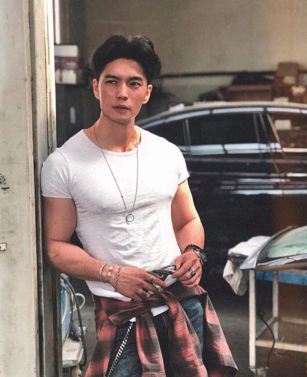 Soi chi tiết hé lộ bạn trai giấu mặt Hương Giang vừa công khai: Hình như chính là Huy Trần Người ấy là ai?-6